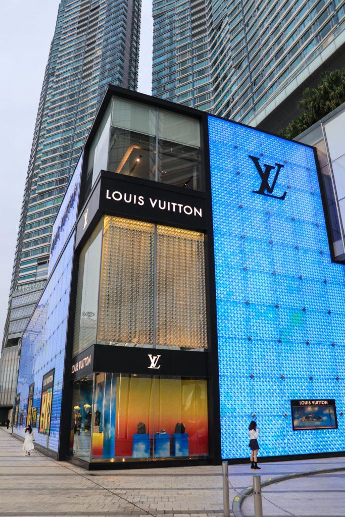 fashion brand luis Vuitton has to adapt